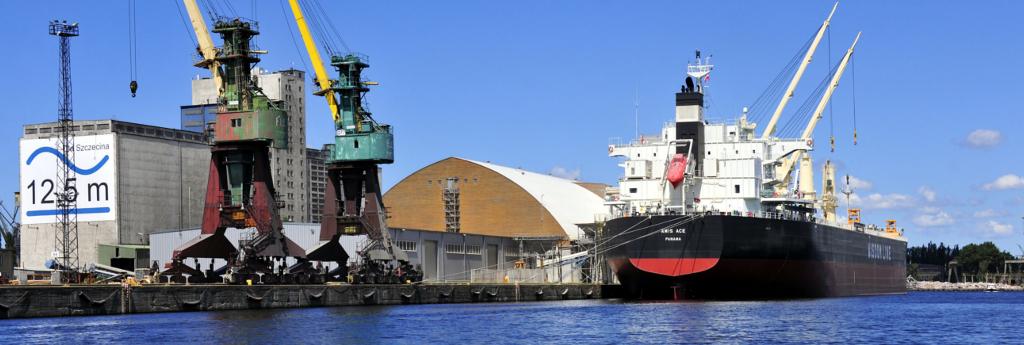 Porty i usługi portowe