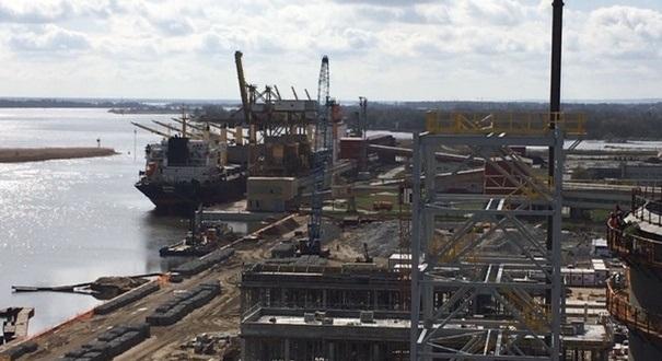 Port Police. Budowa terminalu przeładunkowego jest już na półmetku