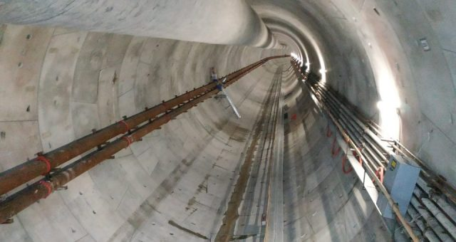 Gotowe już 550 metrów. Trwa drążenie tunelu pod Świną