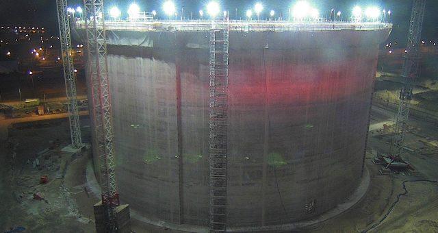 Terminal LNG. Wybudowano ścianę nowego zbiornika
